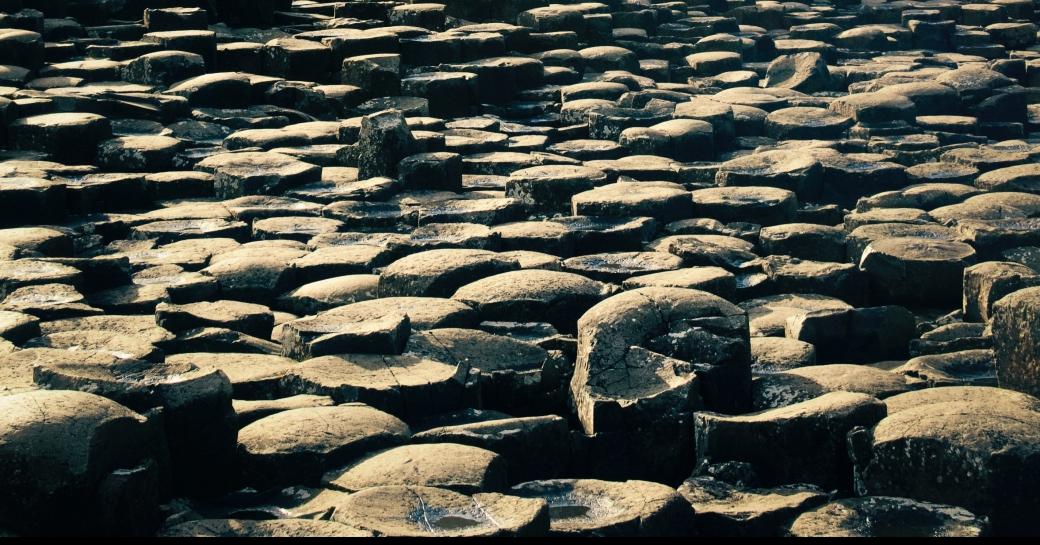 Pedras no caminho - MEJ